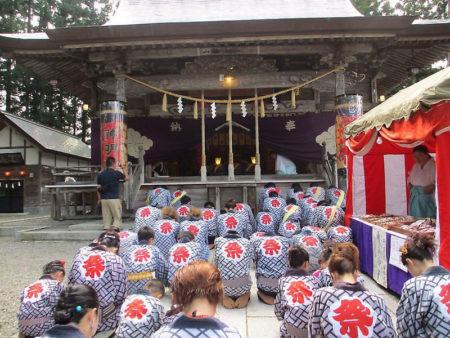 角館のお祭り神明社1