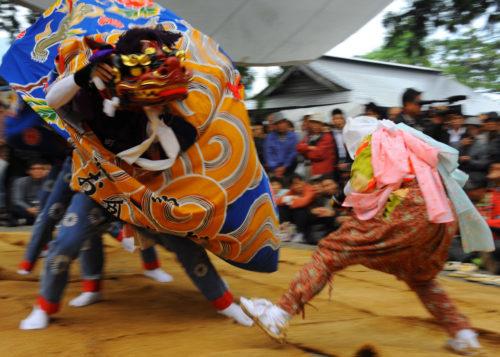 どぶろく祭り獅子舞