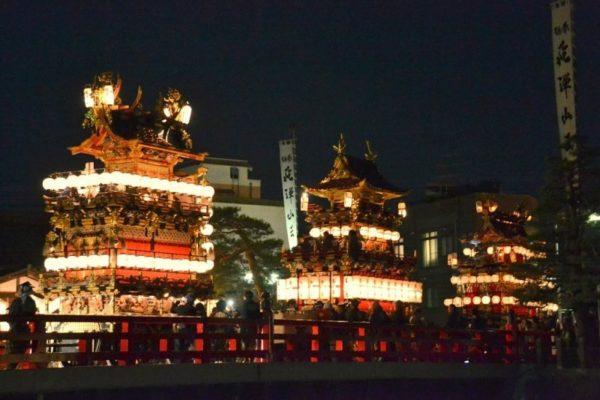 春の高山祭夜祭