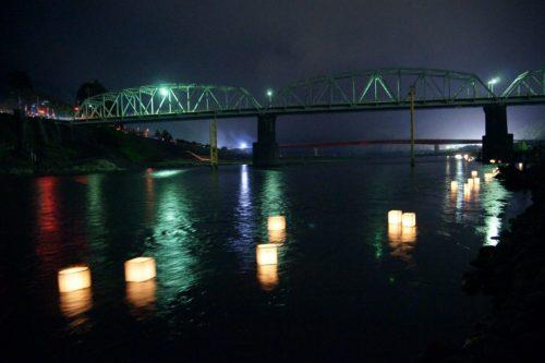 南部の火祭り灯篭流し