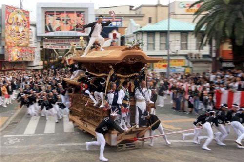 岸和田だんじり祭りやりまわし