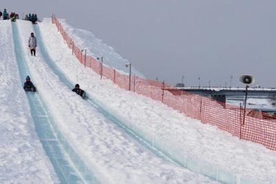 旭川冬まつり滑り台