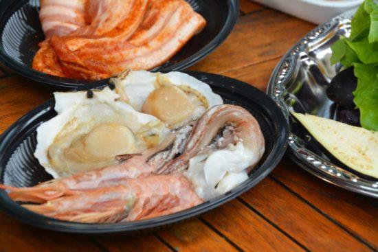 バーベキュー生魚介類