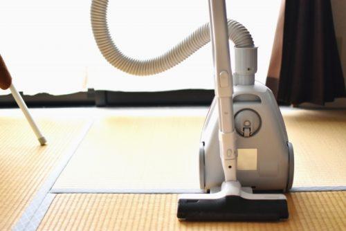 畳と掃除機