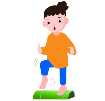 青竹踏みをする女性のイラスト