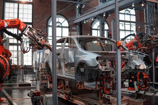 自動車の産業ロボット