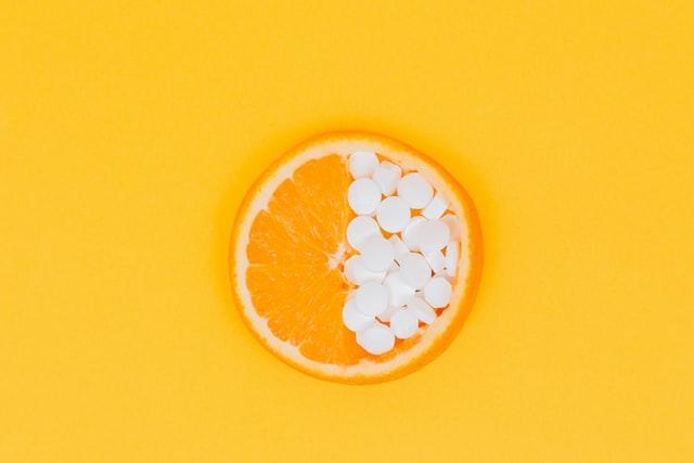 オレンジとサプリメント