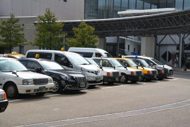 タクシー待ち