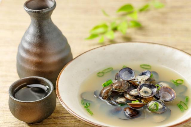 しじみの味噌汁と日本酒