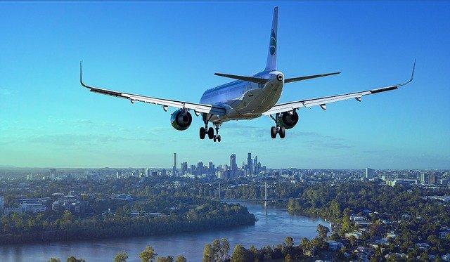 海外を飛ぶ飛行機